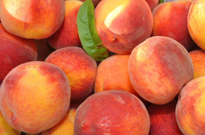 Nutrition Monday – Peaches!!